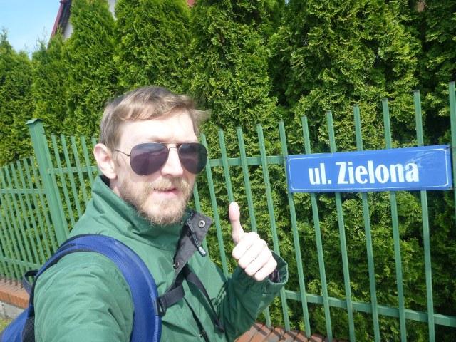 """Green Street""""/""""ulica Zielona, Kokoszkowy"""