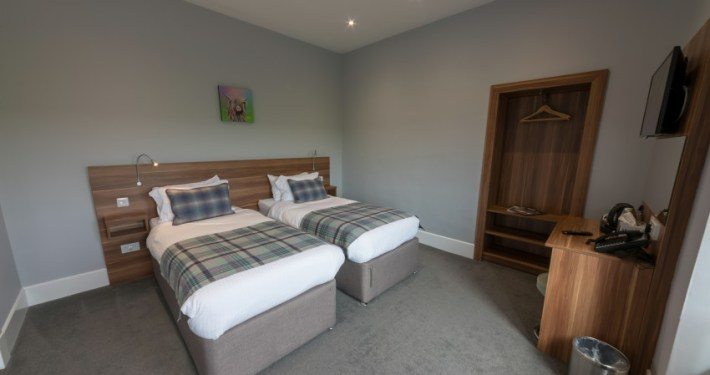Premier Room with Twin Beds