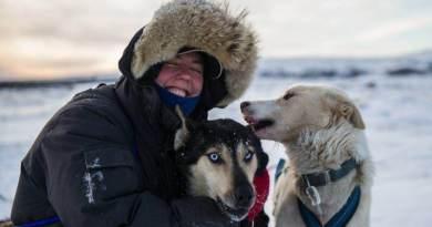 Mel Andews UK Sled Dog Musher starts training for Iditarod 2017