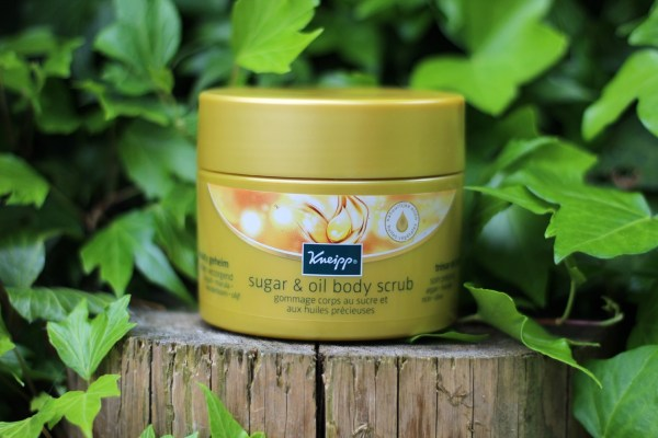 kneipp_beauty_geheim_sugar_&_oil_body_scrub_open_pot_tuin_bewerkt