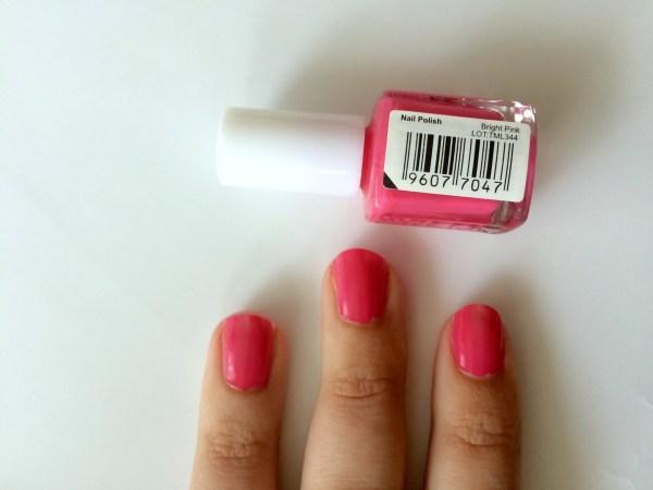 mua_nagellak_swatch_swatches_bright_pink_1_laagje