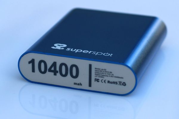 superspot_powerbank_power_bank_iphone_10400_mah_review