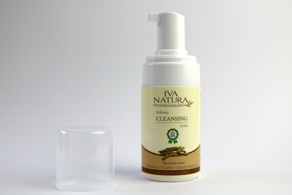 review_iva_natura_makeup_cleansing_foam_konya_licorice_5 beter