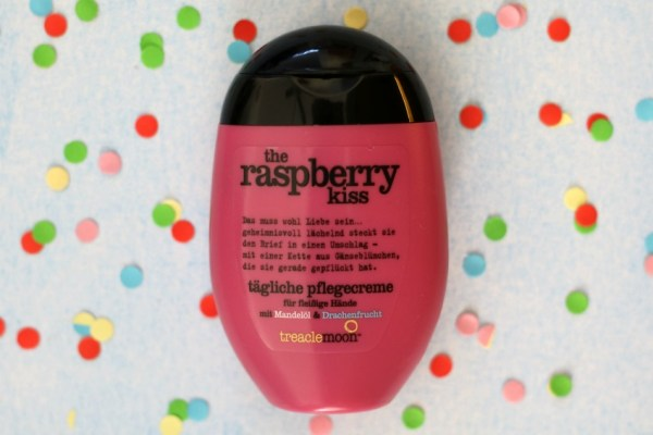 review-treacle-moon-handcreme-ervaring-the-raspberry-kiss