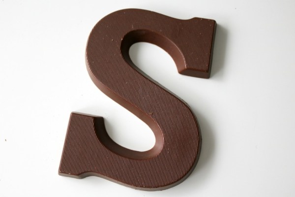 karamel-en-zeezout-chocoladeletter-hema-smaak-review