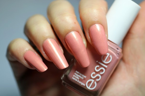 essie oh behave winter collectie collection 2016 2017 swatch