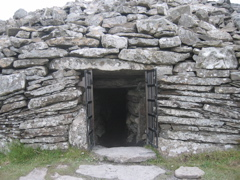 Entrance to the cairn