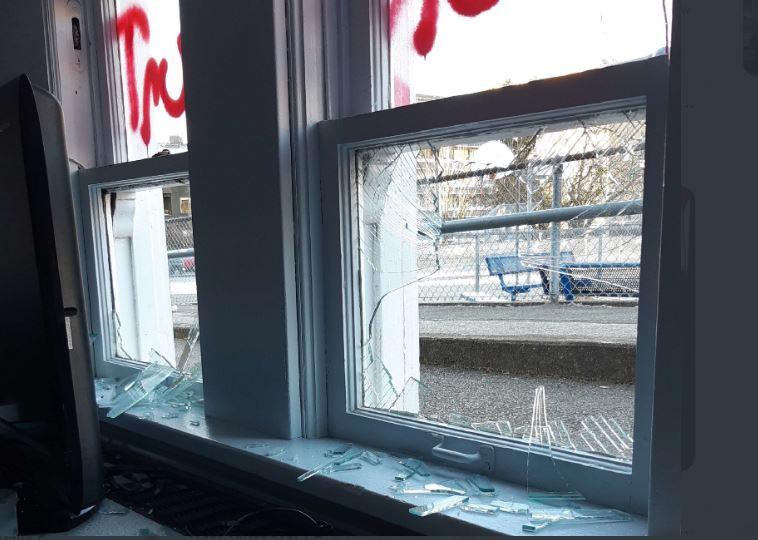 https://i1.wp.com/www.northshoredailypost.com/wp-content/uploads/2021/01/vandalism.jpg?fit=758%2C540&ssl=1