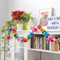 The felt chain garland craft that never ends
