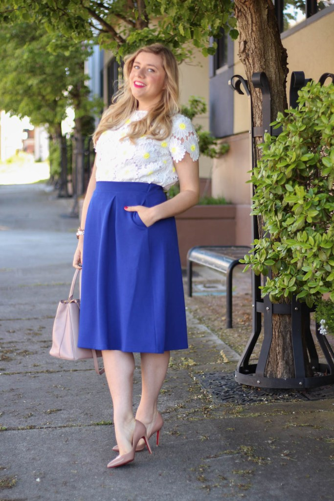 ways to wear matching sets - Rachel Parcell daisy top - Mother's Day outfit ideas