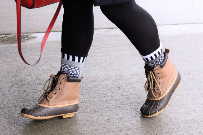 soulmate socks - cozy winter outfit - cozy and cute winter outfit - wearing skirt in winter