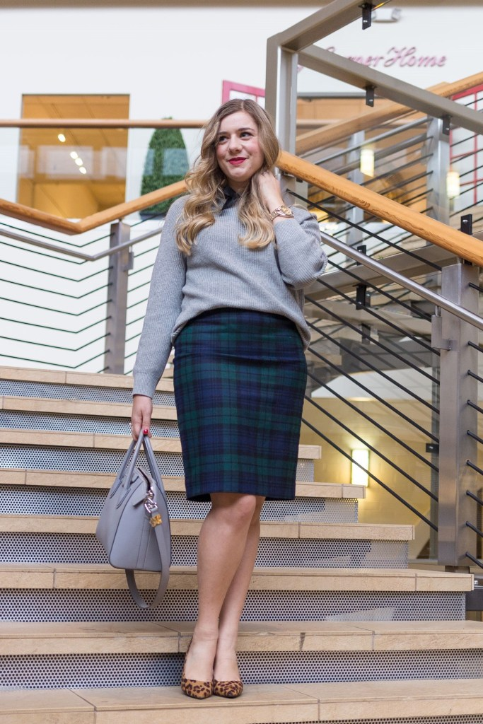 plaid pencil skirt - how to wear plaid to work - winter work outfit - plaid holiday outfit idea