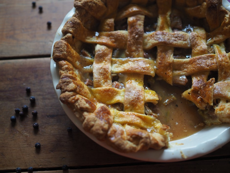 Rhubarb and Juniper Berry Pie