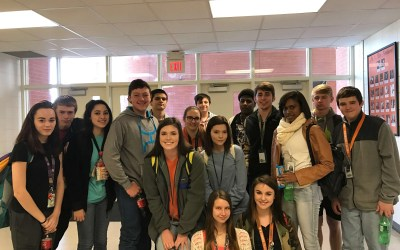 16 Student Leaders Attend Pizza Luncheon With Administration