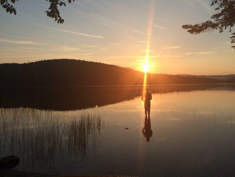 BC-land-lakesilouette