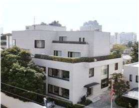 The Royal Norwegian Embassy will be move temporarily from Tokyo to Kobe due to concerns over radiation exposure.
