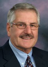 Hal Leland, mayor of Fergus Falls Journal,