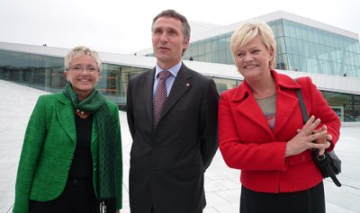 Jens Stoltenberg's second government was appointed by King Harald V on 17 October 2005. It is a majority government representing the Labor Party, the Socialist Left Party and the Centre Party. From the left: Minister of Transport and Communications and leader of the Centre Party, Liv Signe Navarsete, Prime Minister and leader of the Labour Party, Jens Stoltenberg and Minister of Finance and leader of the Socialist Left Party, Kristin Halvorsen. Photo: Office of the Prime Minister.