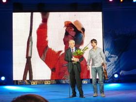 Alexander Rybak and Bengt Lie Hansen on stage at the Murmansk Economical Forum. Photo: Thomas Nilsen