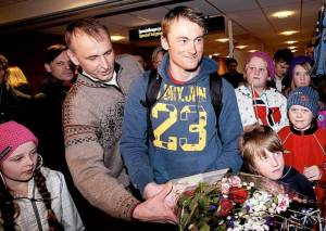 Papa John Northug assisted his son Peter when he came home from Vancouver with sacks full of gold. Nå blir han sin sønns manager på heltid. Now his son's manager full time. FOTO: GORM KALLESTAD - SCANPIX Photo: Gorm Kallestad - SCANPIX