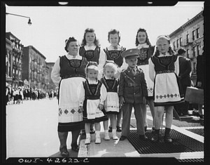 A photo from the 1944 Norwegian 17th May parade in Brooklyn, N.Y. Photo courtesy of Erling Dugan.
