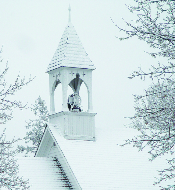 Photo: Dean Jarvey / Flickr Church steeple in winter. When all the bells in Norway ring together, the holiday spirit is everywhere.