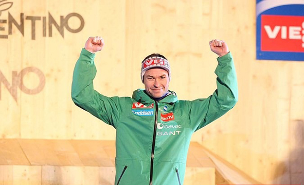 Photo: Tadeusz Mieczyński /  Wikimedia Commons Anders Jacobsen in 2013. He must feel just as celebratory after winning the New Year's Jump.