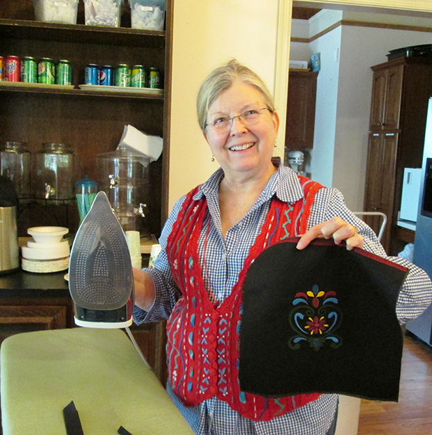 Photo: Christine Foster Meloni Doris Goodlett made a purse to match her festdrakt with Deb's help.
