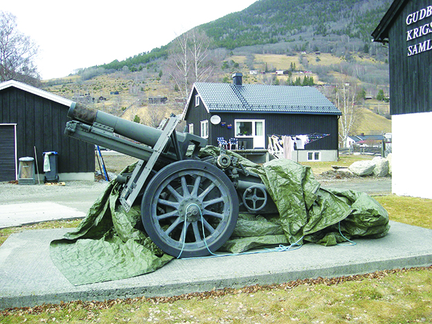 Photo: Jan-Tore Egge / Wikimedia Commons A cannon on display at the Gudbrandsdal War Memorial.