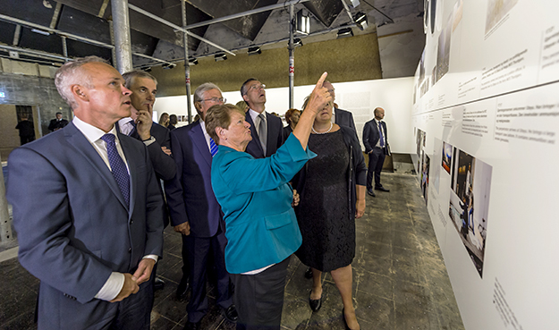 Photo: Ann Kristin Lindaas, courtesy of Ministry of Local Government and Modernization Three Prime Ministers attended the opening: ex-PM Gro Harlem Brundtland (center), ex-PM Jens Stoltenberg, and present PM Erna Solberg.