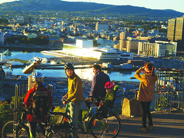 Photo: Tove Andersson The view of Oslo is of course one of the park's main attractions.