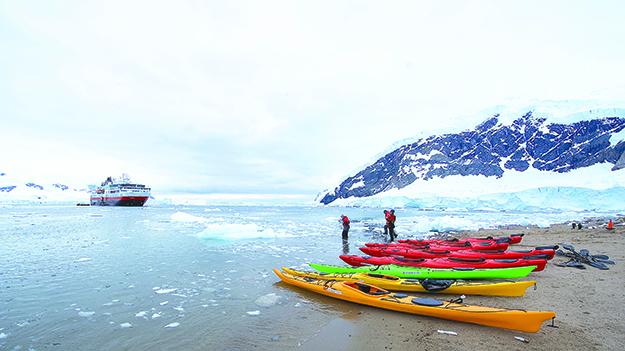 Photo: Dominic Barrington / Hurtigruten Hurtigruten will bring more adventurers to the Antarctic in 2016.