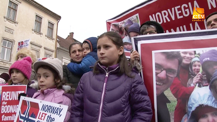 Photo: Credo TV / YouTube Rallies have been held in many countries to protest Norway's handling of child welfare cases.