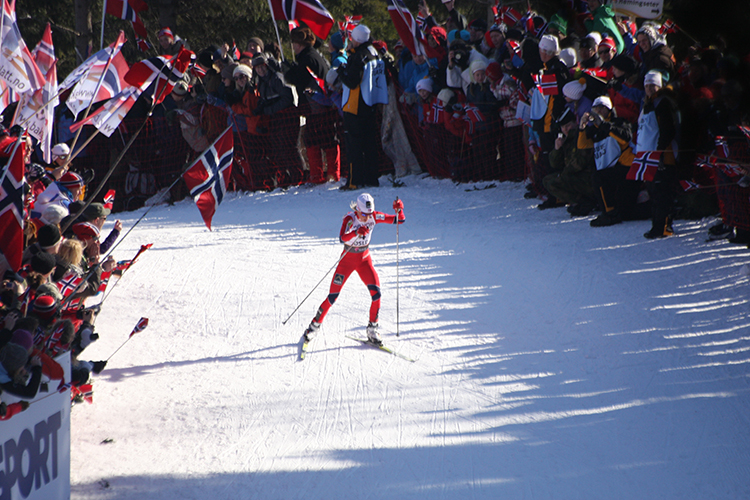Photo: Bjoertvedt / Wikimedia Commons Therese Johaug leading women's 30 km at the 17 km turn in the World Ski Championship 2011.