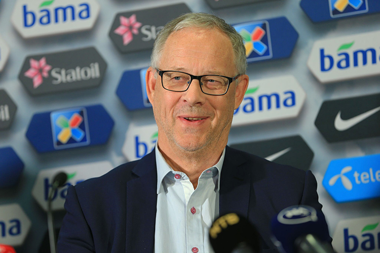 Lars Lagerbäck at a press conference