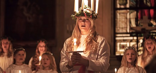 A girl dressed as Sankta Lucia.