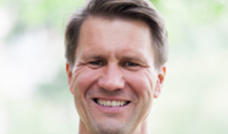 Andrew Nestingen