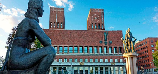 Oslo's city hall against a blue sky