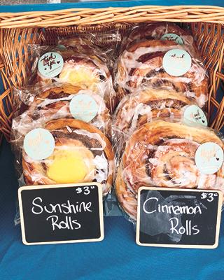 sunshine rolls and cinnamon rolls at Ana's Norwegian Bakeri