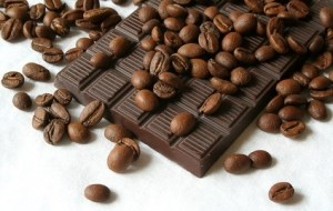 Comer Chocolate negro: 4 beneficios para la salud