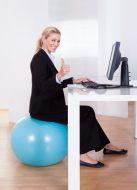 ¿Cómo bajar de peso en el trabajo? Ejercicio en la oficina y otros tips