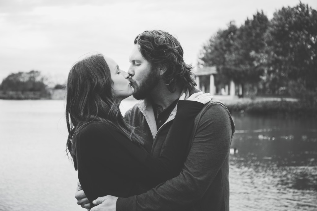 Couple Photography - Holiday Card Photography - Lake Mueller - Austin, Texas