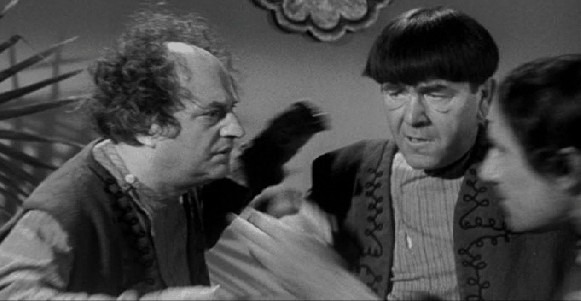 """Shemp died before some of his Stooges shorts were completed, so a look-a-like """"Fake Shemp"""" was used to fill in for those remaining scenes"""