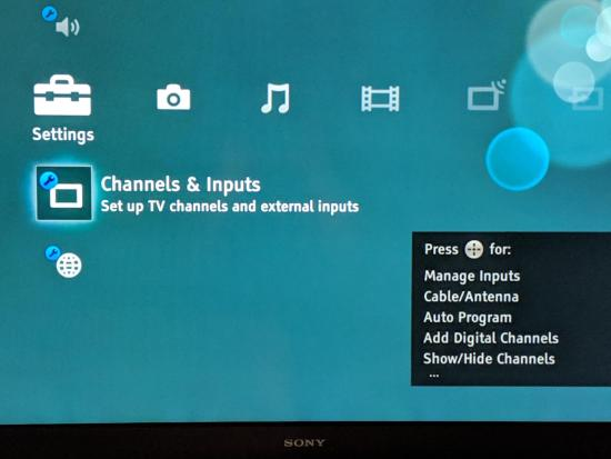 On-screen TV menu - Channels & Inputs