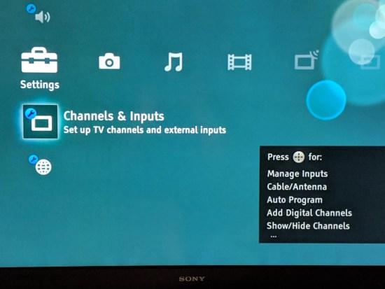 On-screen TV menu - Channels & Inputs