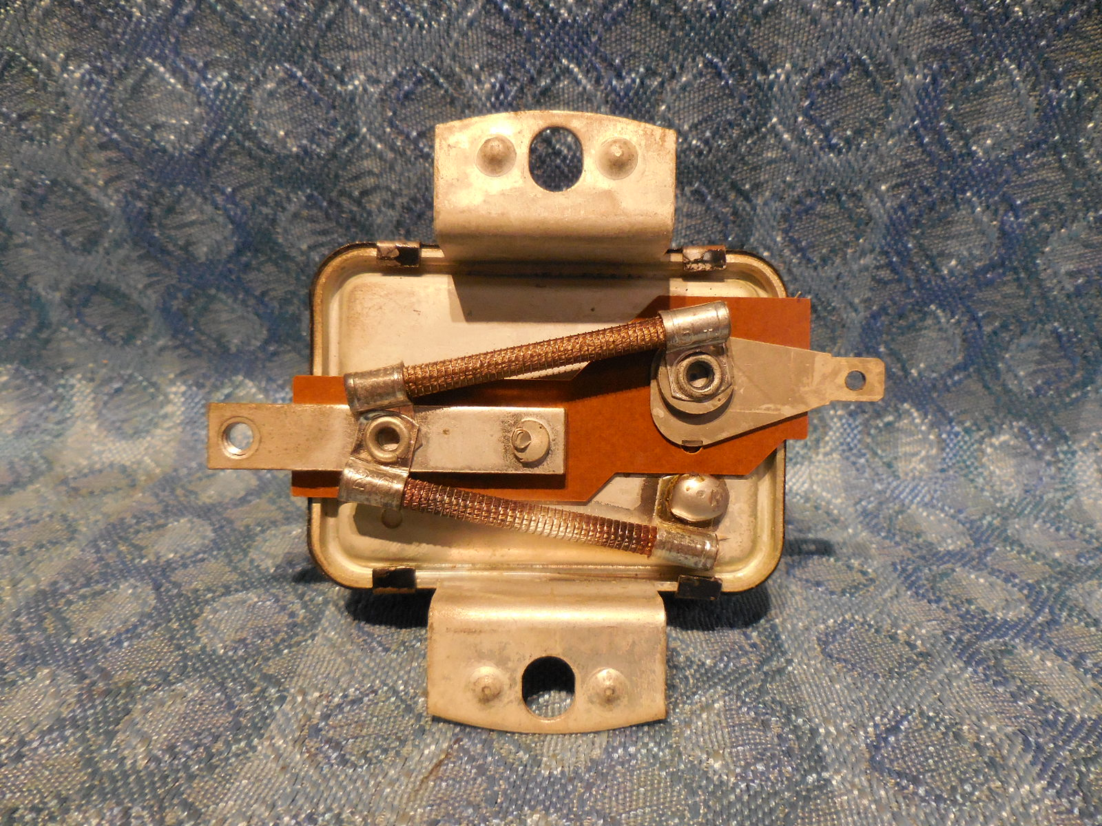 Chrysler Outboard NOS Prestolite Voltage Regulator #A177470