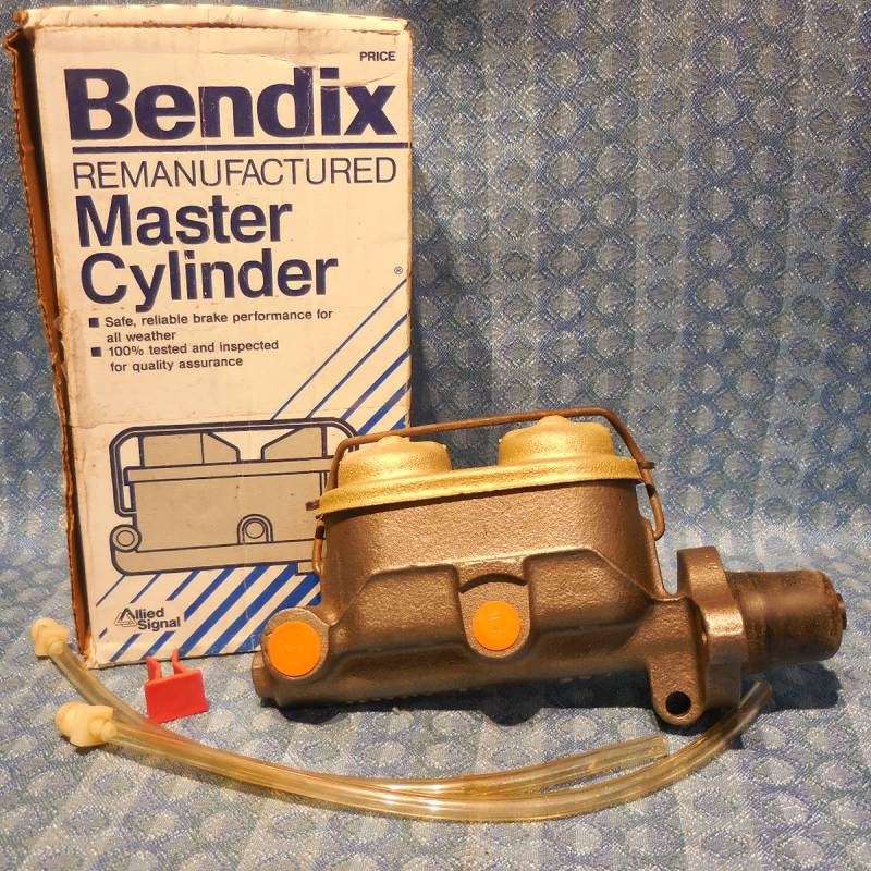 1976-82 Chevette 1981-82 T1000 NORS Master Cylinder w/ Reservoir 77 79 #R11744