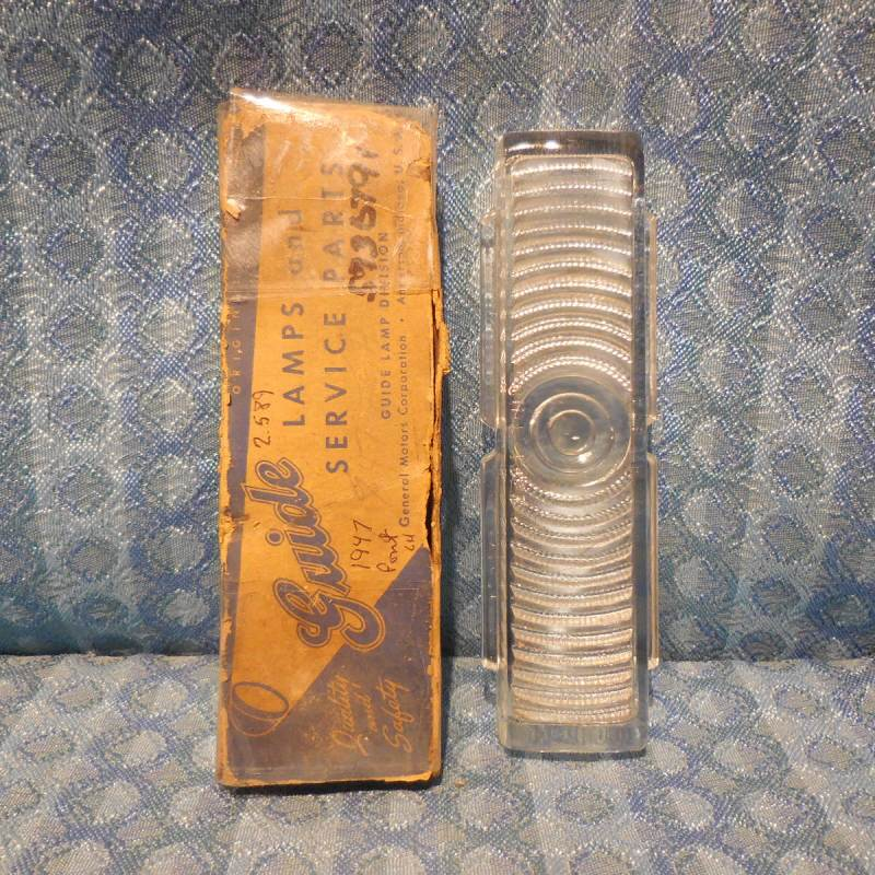 1947 Pontiac NOS Guide LH Parking Lamp Light Lens