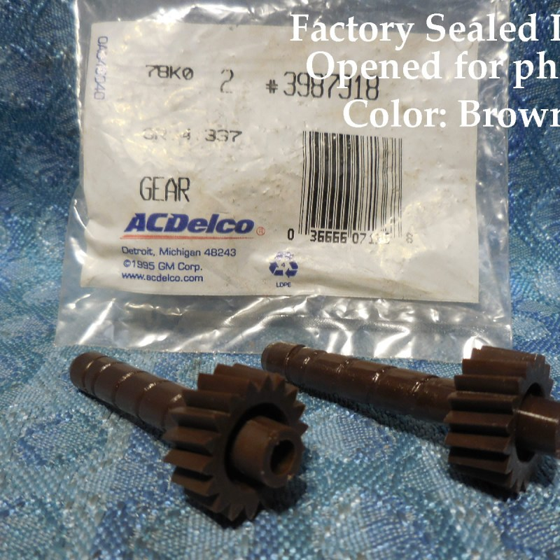 NOS AC Delco Speedometer Driven Gear, Brown 18 Teeth, Package of 2