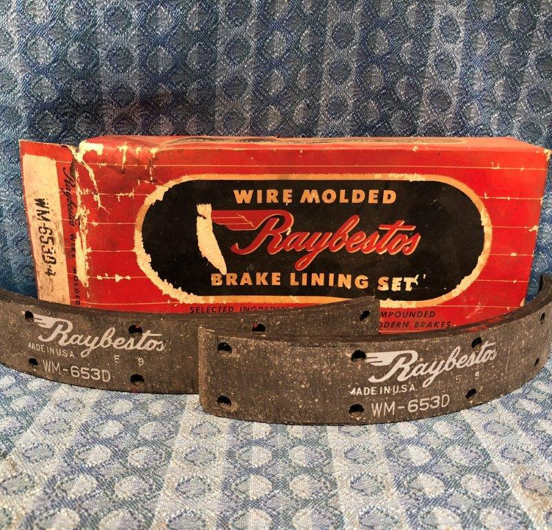 1936-1949 Chevrolet Pass, 1/2 Ton NORS Brake Lining Set #653 1937 38 39 40 41 48